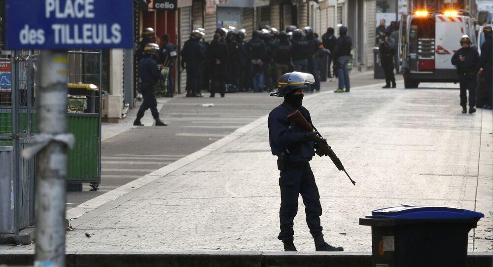 Coalition antiterroriste: Hollande fera-t-il pression sur les USA?