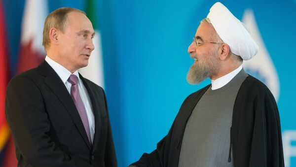 Vladimir Poutine (à droite) et Hassan Rohani - Sputnik France