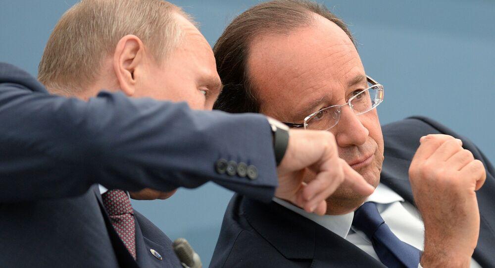 Les présidents russe et français, Vladimir Poutine et François Hollande