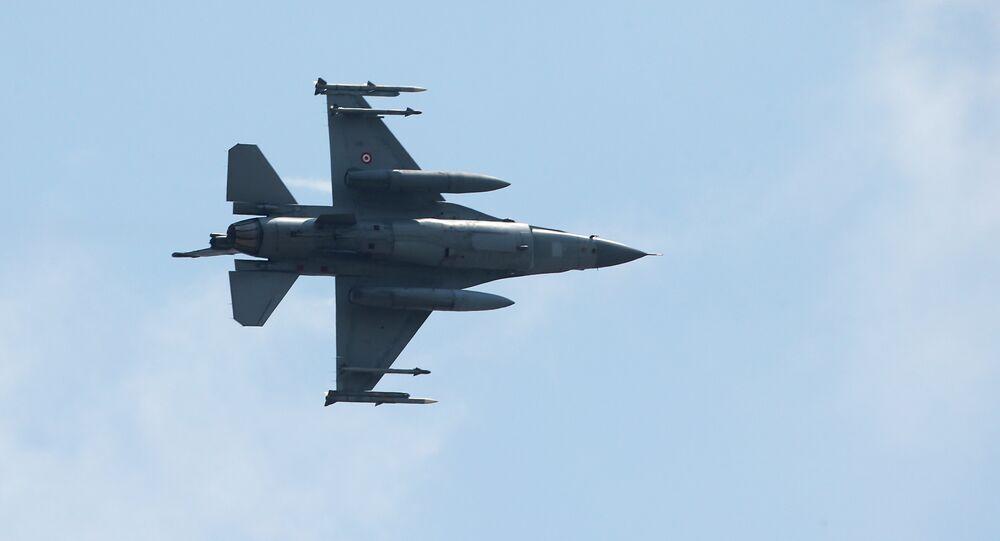 Forces aériennes turques, le 28 juillet 2015