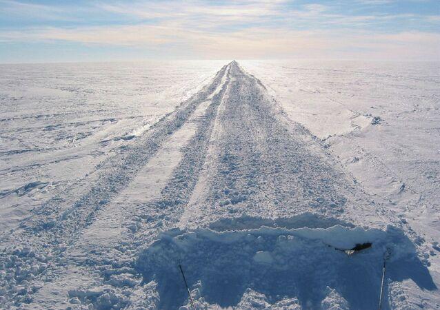 Une route en Antarctique