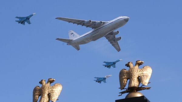 Il-80 russe et MiG-29 - Sputnik France