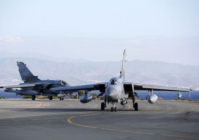 base aérienne à Akrotiri
