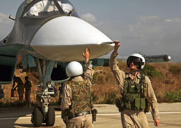 Su-34 à la base aérienne de Hmeimim, image d'illustration