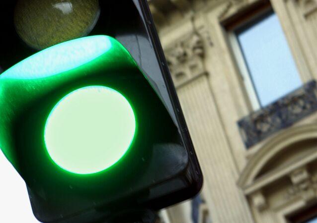 La France ouvrira-t-elle la voie à la levée des sanctions antirusses?