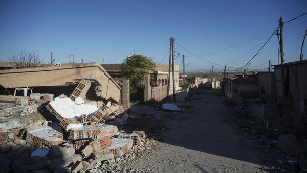 Un village détruit par Daech dans le nord-est de la Syrie - Sputnik France