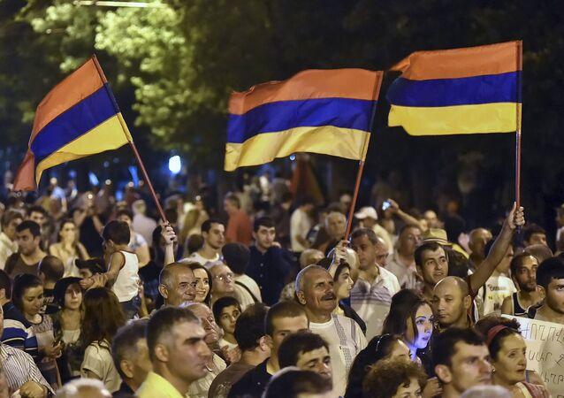 L'Arménie passe à un régime parlementaire
