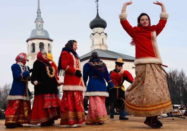 Célébration de Mardi gras à Souzdal