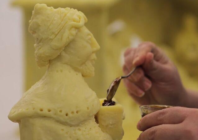 Une crèche de Noël en fromage