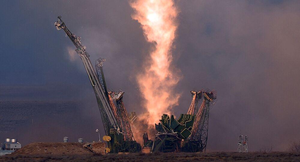 Lancement d'une fusée depuis le consmodrome de Baïkonour