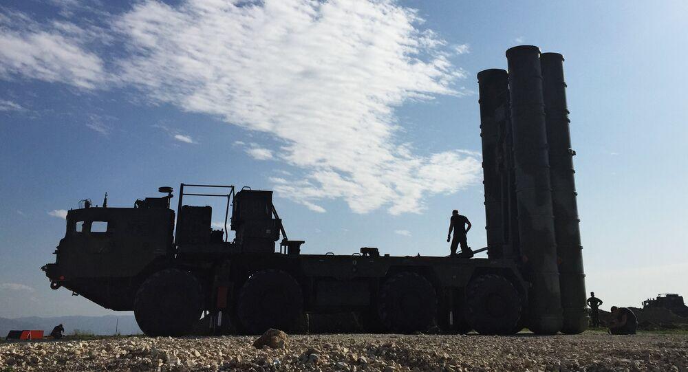 Les missiles russes sol-air S-400