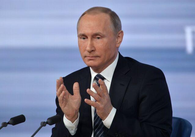 Grande conférence de presse de Vladimir Poutine le 17 décembre 2015
