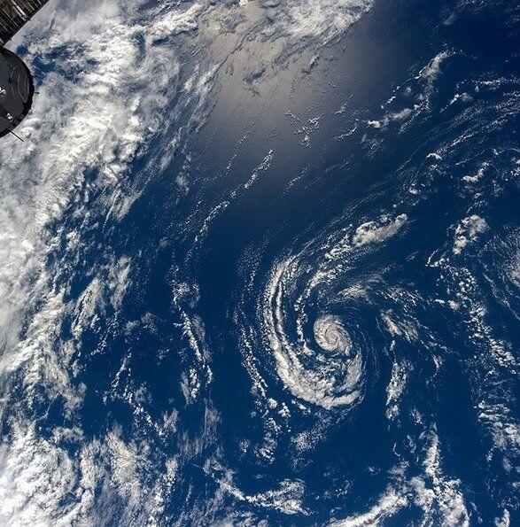 La Terre vue de l'espace par le cosmonaute russe Oleg Artemiev