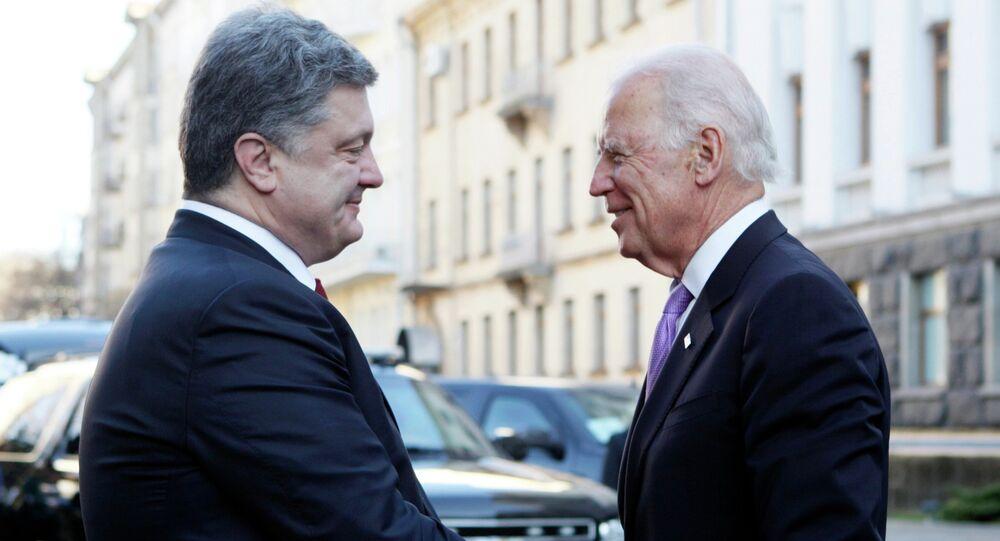 Le président ukrainien Piotr Porochenko et le vice-président américain Joe Biden