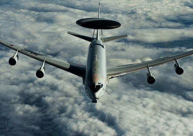 Avion-radar AWACS