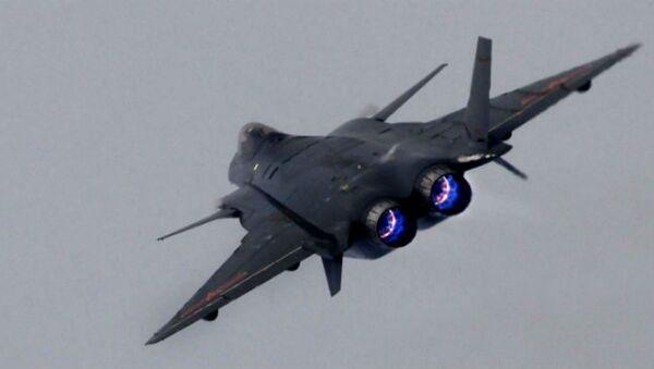 La Chine teste son dernier chasseur à la frontière indienne… - Sputnik France