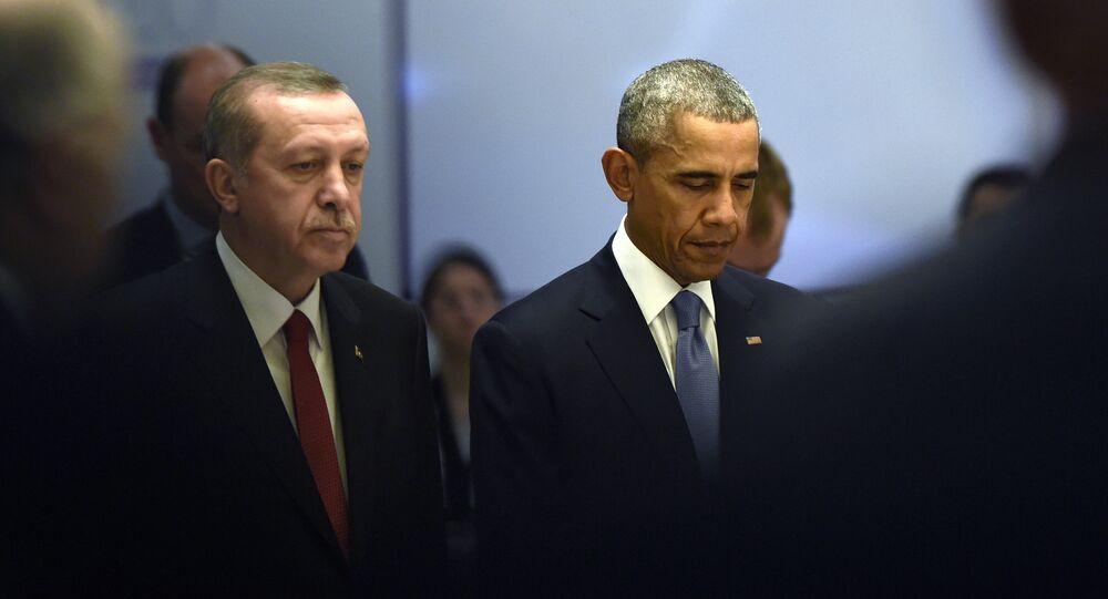 U.S President Barack Obama and Turkey's President Recep Tayyip Erdogan