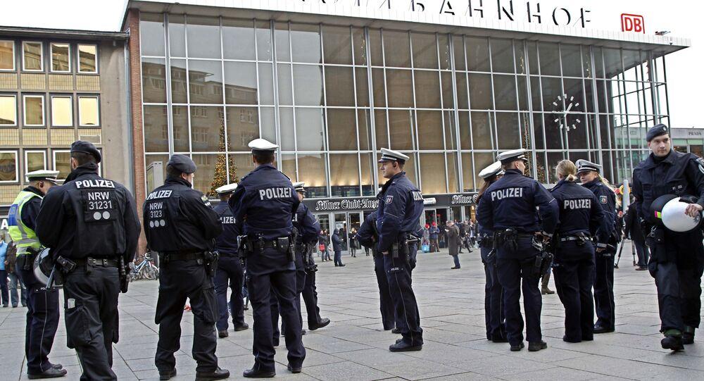 La police devant la gare centrale de Cologne