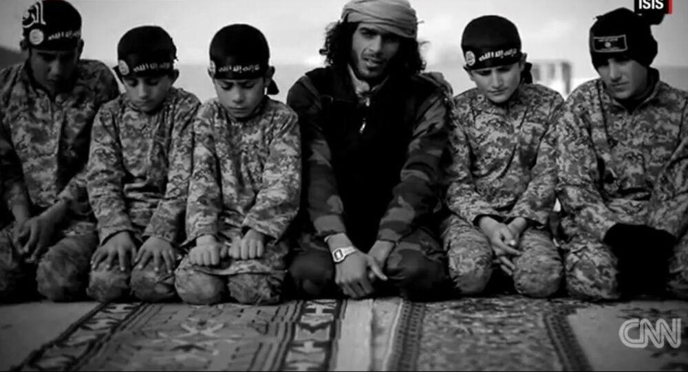 Les adolescents du groupe terroriste Etat islamique