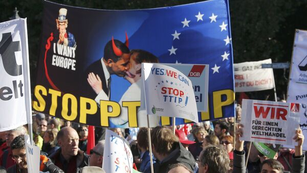 ¨Protestations contre le TTIP - Sputnik France