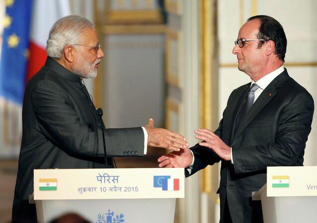 Le premier ministre de l'Inde Narendra Modi et présidente de France Francois Hollande