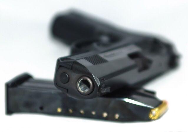 Facebook et Instagram bannissent la vente d'armes en ligne