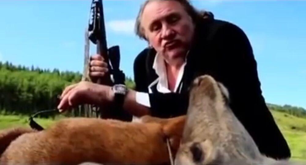 Quand Depardieu fume un cerf à la télévision russe