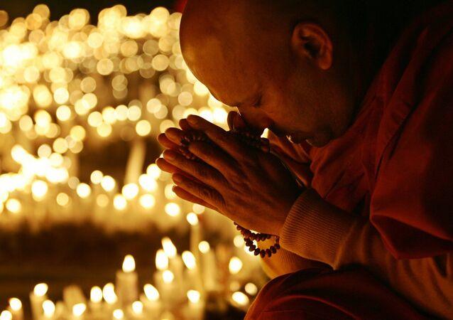 Moine bouddhiste. Image d'illustration