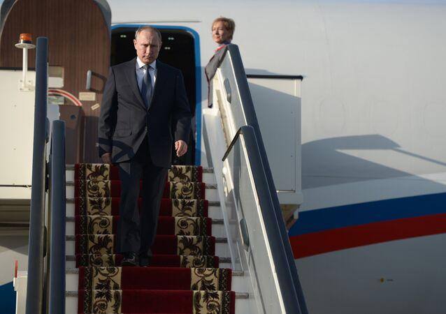 En Russie, le président Vladimir Poutine se déplace à bord du fameux Il-96