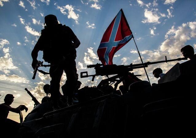 Des militaires du Donbass
