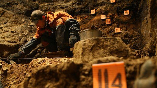 Un archéologue - Sputnik France