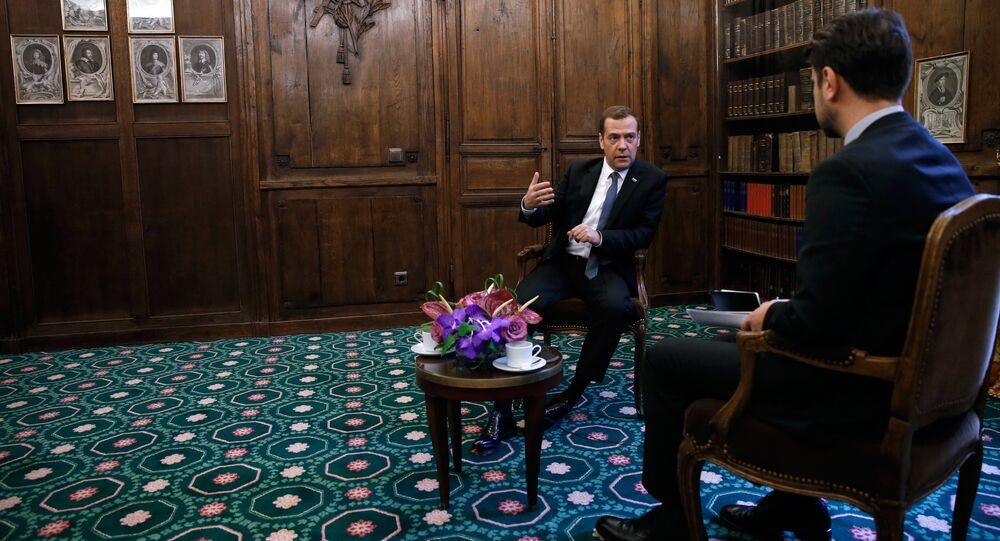 Interview du premier ministre russe Dmitri Medvedev au magazine Time