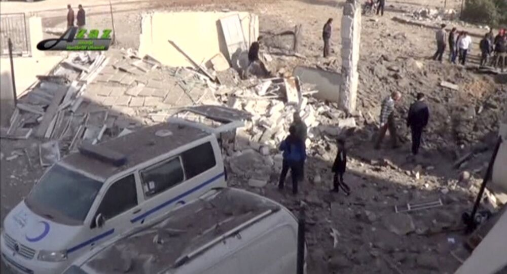 Hôpital bombardé dans la ville d'Azaz