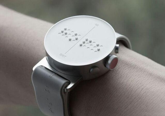 The Dot montre connectée équipée d'un afficheur en braille