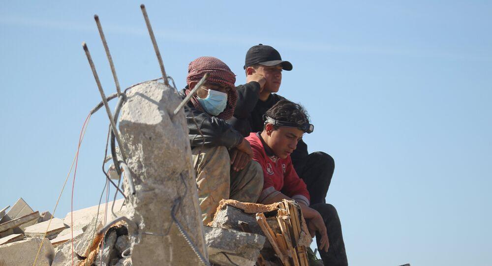 Qui frappe des civils en Syrie?