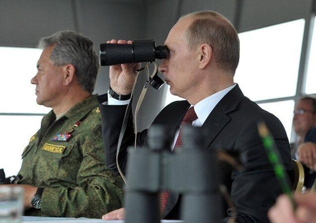 Poutine demande d'éviter les risques pendant les manoeuvres militaires