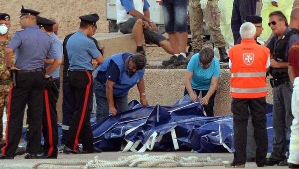 Plus de 300 corps retrouvés après le naufrage de Lampedusa (garde-côtes) - Sputnik France