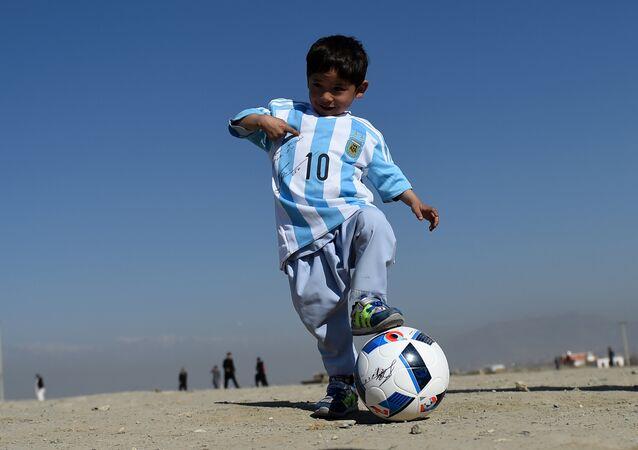 Le petit Messi contraint de fuir l'Afghanistan sur fond de menaces des talibans