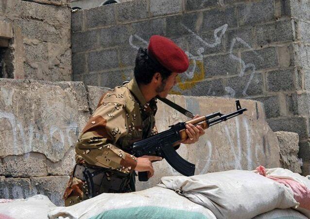 Attentat à la voiture piégée au Yémen: six morts, des dizaines de blessés