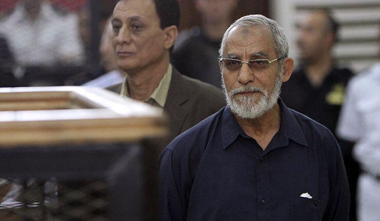 Le tribunal égyptien a commué la peine du leader des Frères musulmans