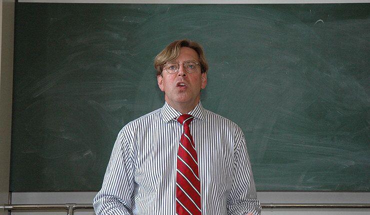 Udo Ulfkotte : l'Allemagne n'est pas un Etat libre et souverain ! (Partie 1)