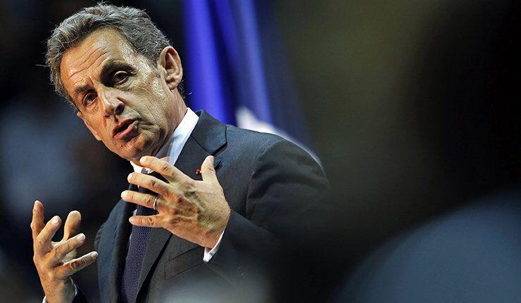 Sarkozy : « Hollande ment le matin, le midi et le soir »