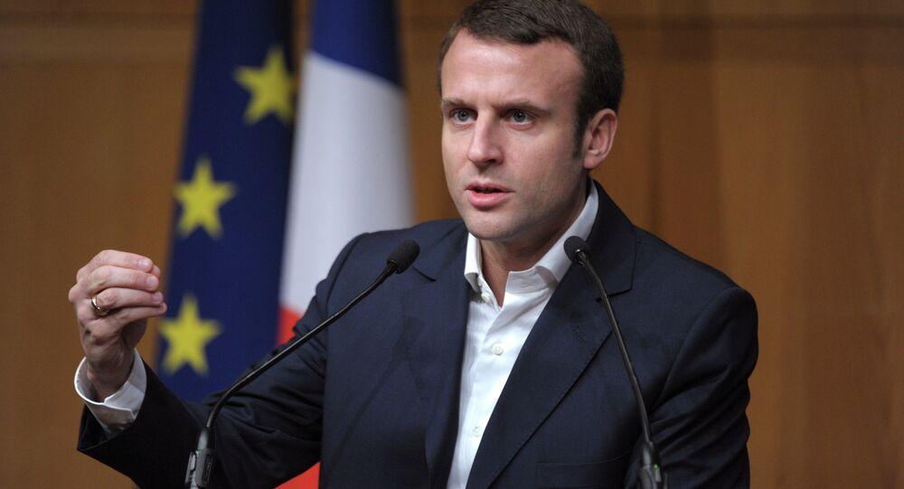 Brexit: Macron prône un nouveau projet européen et un référendum
