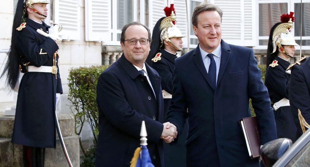 François Hollande et David Cameron à Amiens