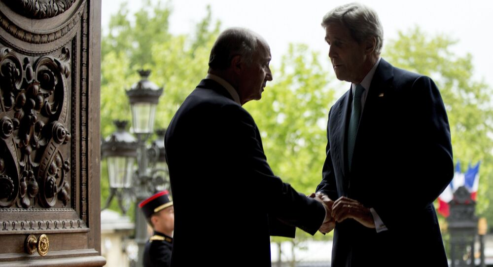 John Kerry et Laurent Fabius, Paris, le 8 Mai, 2015