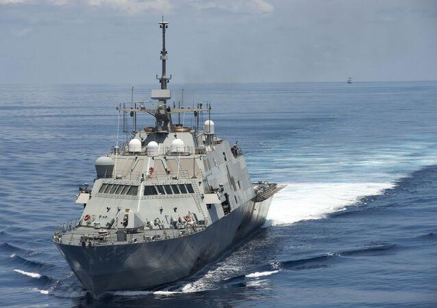 US Navire de combat en mer de Chine méridionale