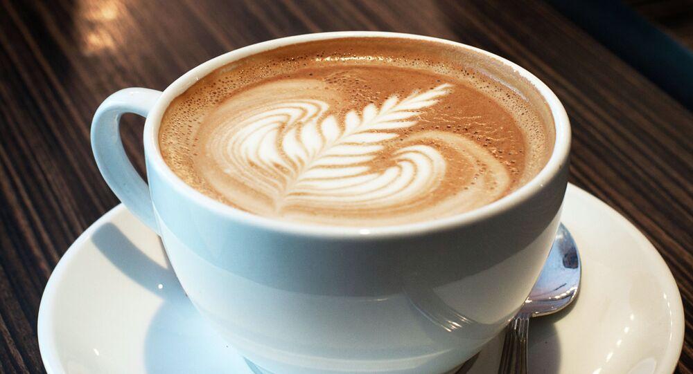Les buveurs de café risquent moins de développer la sclérose en plaques