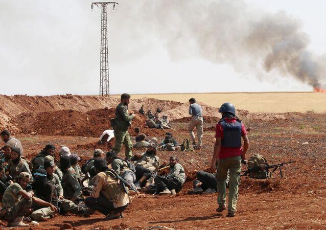 les combattants du groupe Jaysh al-Islam