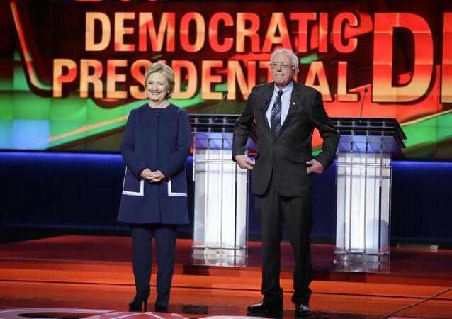 L'affrontement Clinton-Sanders tourne à l'affrontement idéologique