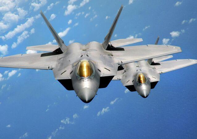 Des F-22 Raptor